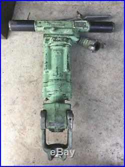 Sullair MRD-30 Pneumatic Rock Drill with 7/8 X 3-1/4 Chuck (53 CFM)